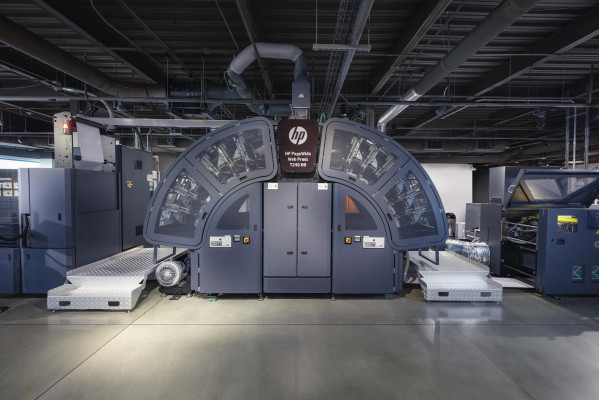 HP PageWide Web Press T240 HD with an inline H&B ExcelCoat Web Coater — HP Inc.