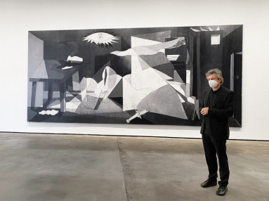 The Guernica reproduction, created by José Manuel Ballester and printed on Durst technology.