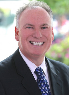 30-year printing industry veteran Jefff jacobson has been named CEO of EFI, which was recently acquired by private equity firm Siris Capital Group.