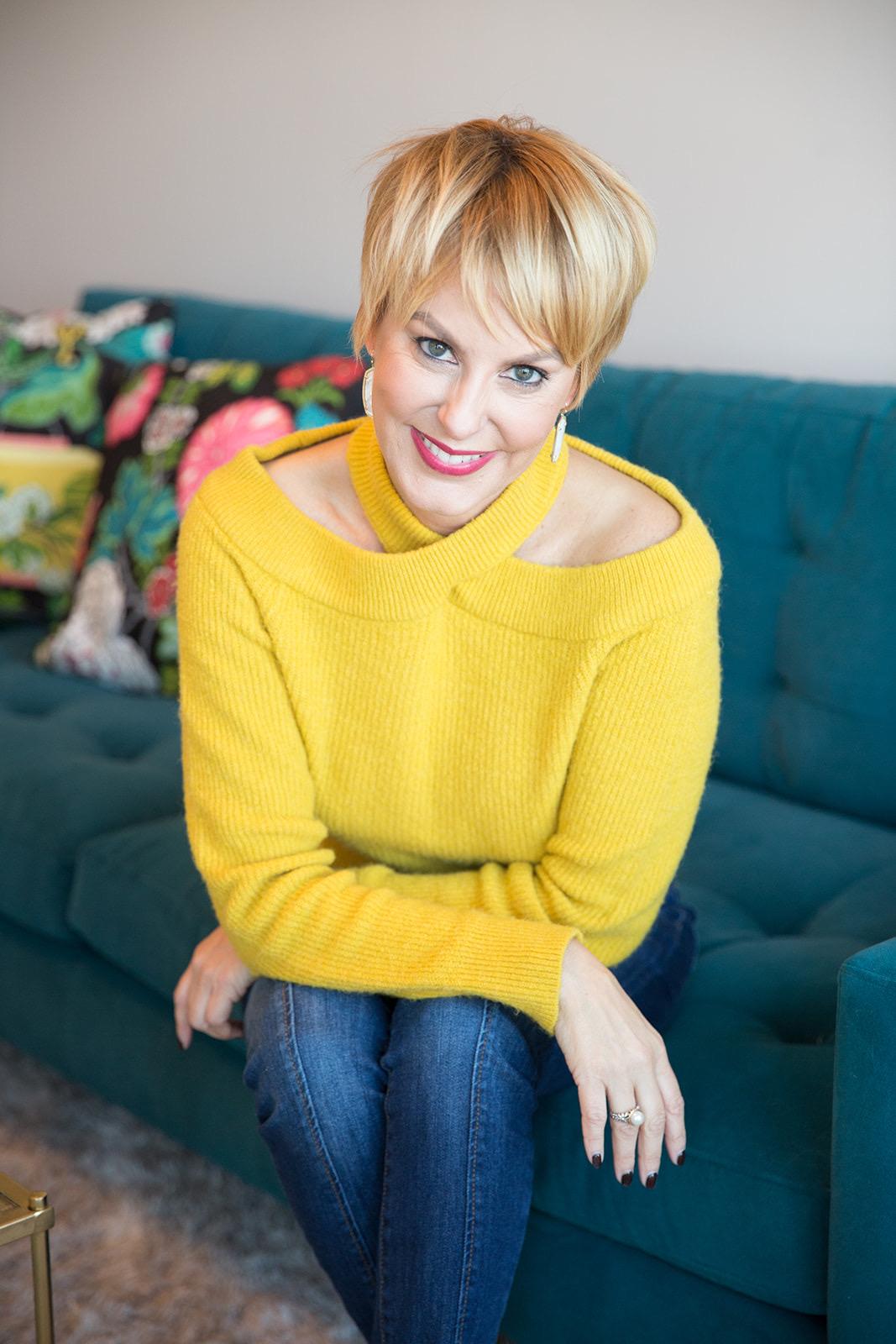 Lisbeth Lyons will kick off the webinar series.