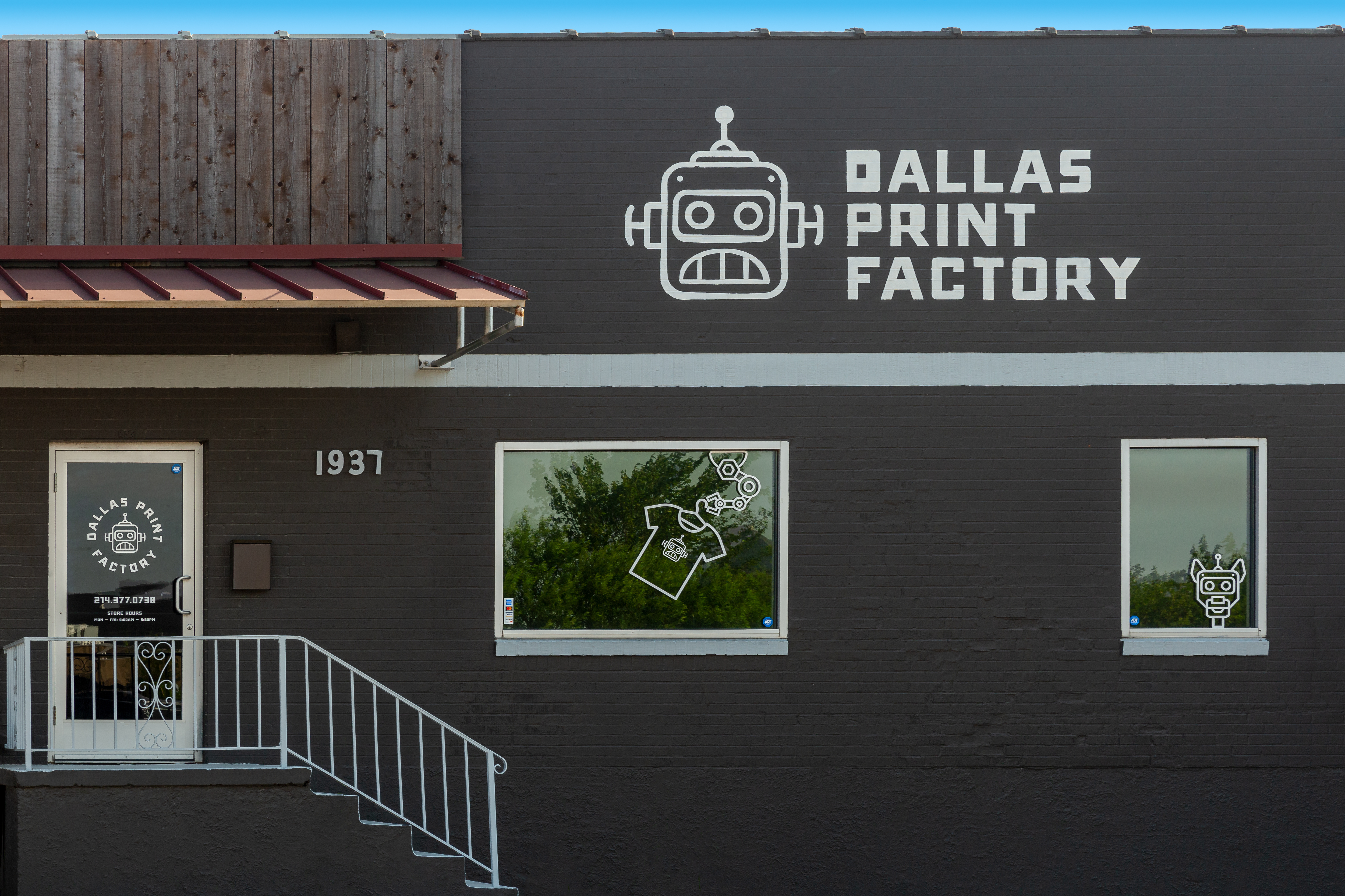 Dallas Print Factory pivots during pandemic