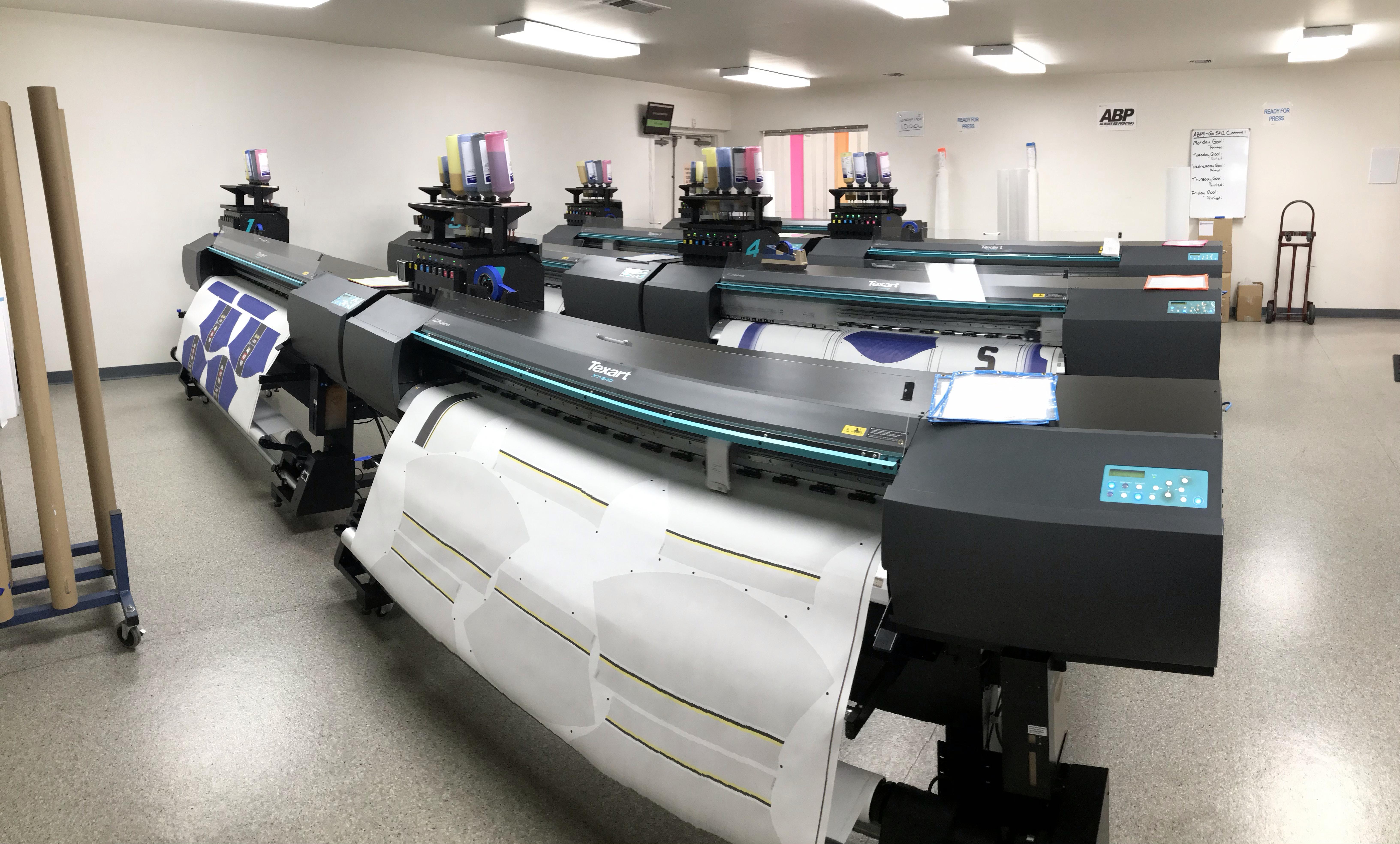 Savi Customs print room