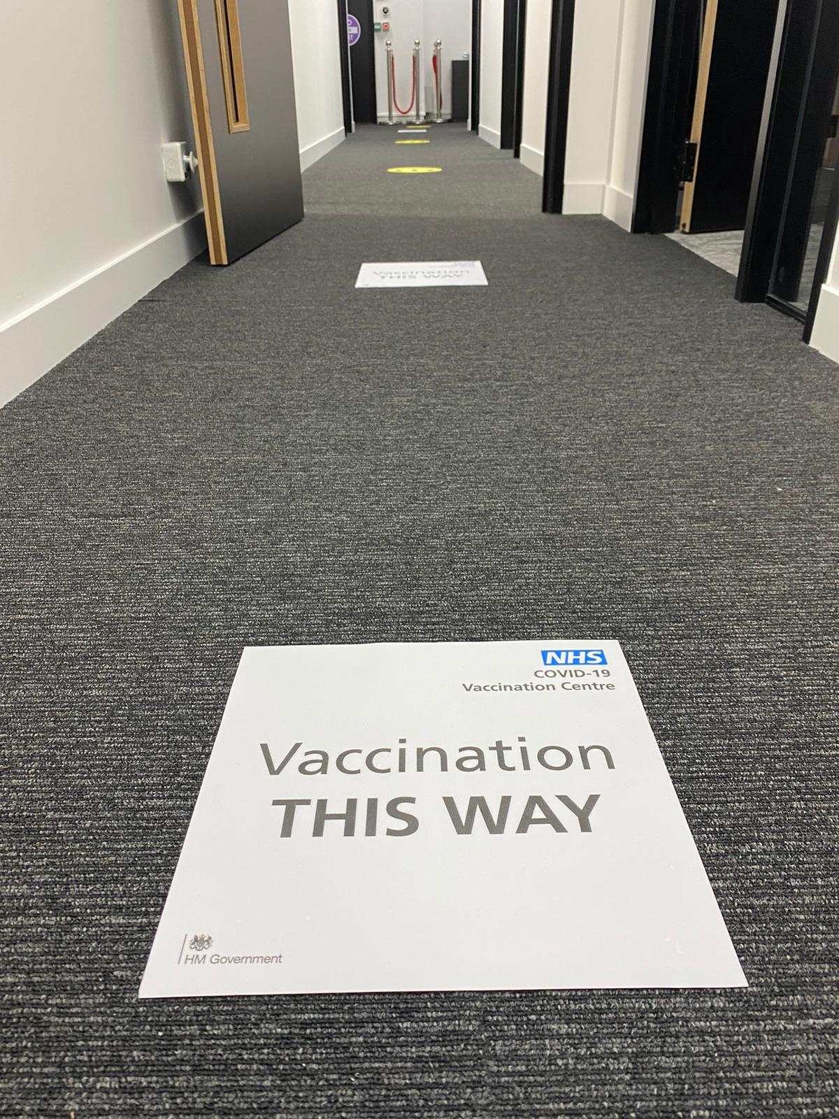 Globe Print uses Drytac films for a new COVID-19 vaccination center.