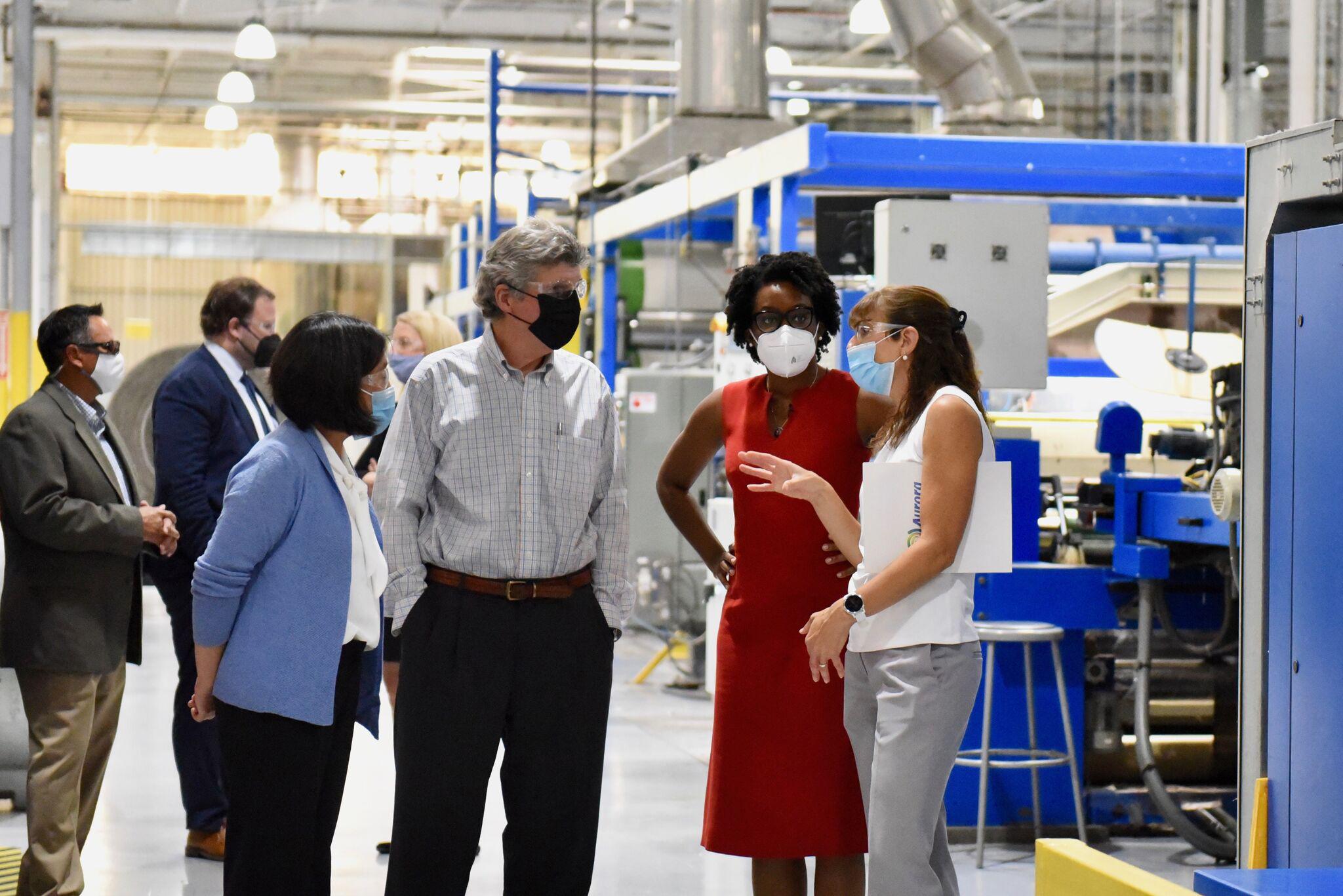 Aurora Textiles hosts trade delegation